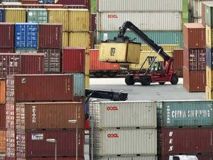 China Says August Exports Beat Expectations Jumping 9 5 Percent