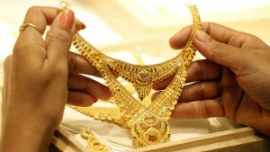 Gold Dealers Bank On Festivals To Bring Back Customers