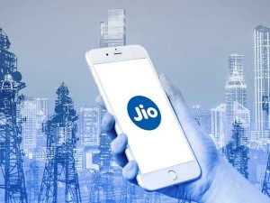 Reliance Jio Starts Offering Mobile Services On 22 International Airlines