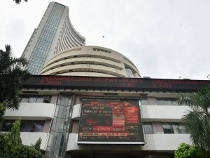 Sensex Jumps 800 Points Nifty Above 11000 It Auto Stocks Outperform