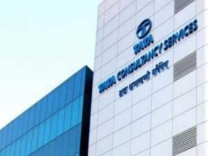 Tcs Q2 Profit At Rs 7 475 Crore Revenue At Rs 40 135 Crore