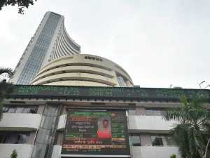 Sensex Nifty End Higher For 6th Day Sensex Jumps 300 Points Nifty Above