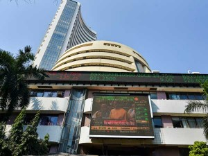 Sensex Joins Global Selloff Plunges 900 Points